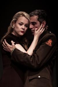 Ο γάμος της Μαρίας Μπράουν (2017)                                                             Θέατρο Οδού Κυκλάδων - Λευτέρη Βογιατζή