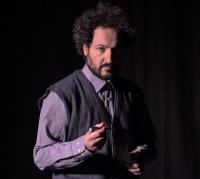 Δημήτρης Μηλιώτης - Μια εξαιρετικά απλή δουλειά, 2017 (θέατρο)