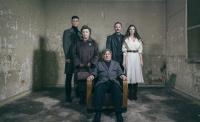 Κωνσταντίνα Κλαψινού - Ο δρόμος περνά από μέσα, 2020 (θέατρο)