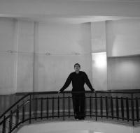 Στέφανος Παπατρέχας - Υγρασία στους τοίχους, 2017 (θέατρο)