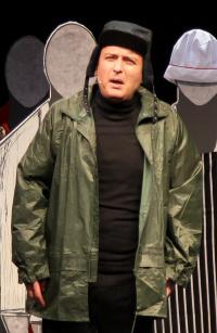 Γιώργος Γαλίτης - Τα ραδίκια ανάποδα, 2017 (θέατρο)