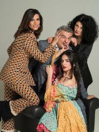 Κώστας Αποστολάκης - Το σπίτι της μαμάς, 2020 (θέατρο)