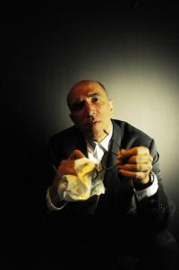 Χάρης Γρηγορόπουλος - Thom Pain (Βασισμένος στο Τίποτε), 2017 (θέατρο)